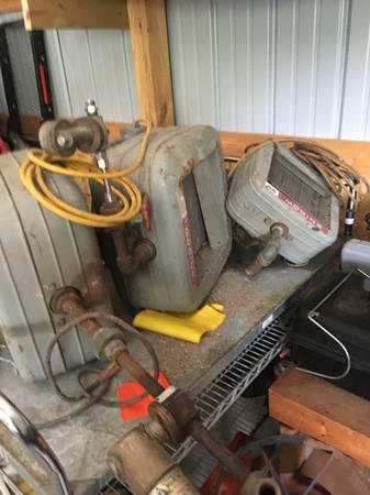 Photo Heaters ,modinee outdoor wood burner - $100 (Se wi)