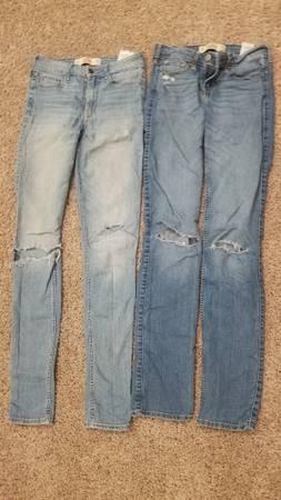 Photo Hollister jeans Jrs 3Long (lot of 2) - $8 (westside or southside Janesville)