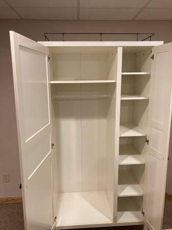Photo Ikea Hemnes Wardrobe - $150 (Beloit)