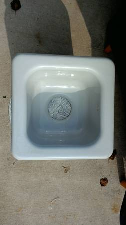 Photo Kohler Bar sink - $50 (Elkhorn)
