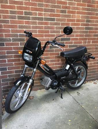 Photo Moped - 2013 Tomos ST - $950 (Glen Ellyn)