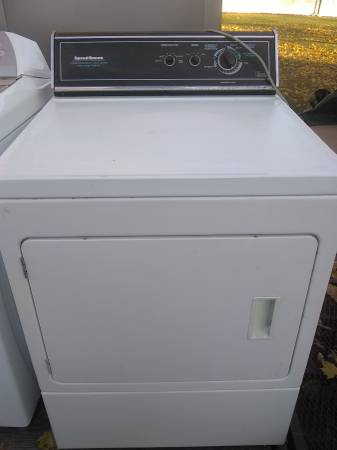 Photo Rebuilt Speed Queen gas dryer picked up or delivered and installed - $1 (Rock County and beyond for a little more)