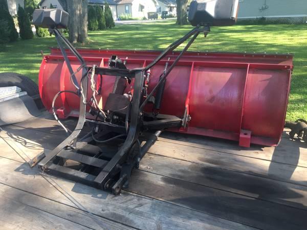 Photo Western snow plow - $800 (Delavan)