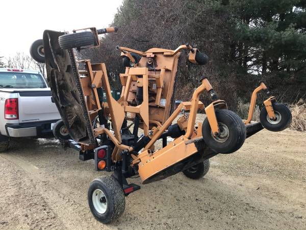 Photo Woods 9180RD 15 Batwing Finish Mower Very Nice Condition - $3900 (Capron)