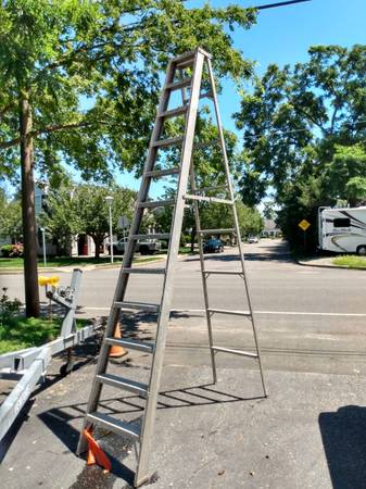 Photo 12 ft aluminum step ladder - $75 (Point Pleasant Beach)