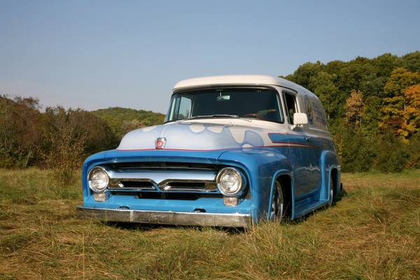 Photo 1956 FORD F 100 PANEL TRUCK CLASSIC - $35,000 (POMPTON LAKES)