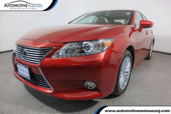 Photo 2014 Lexus ES 350, Matador Red Mica - $18,495 (Automotive Avenues)