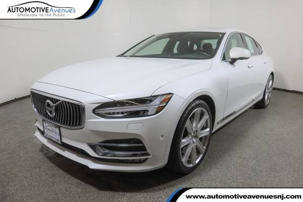 Photo 2017 Volvo S90, Crystal White Pearl - $25,995 (Automotive Avenues)