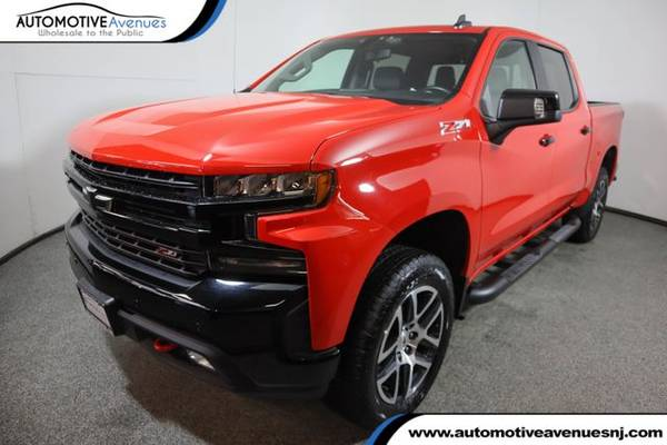 Photo 2019 Chevrolet Silverado 1500, Red Hot - $47,995 (Automotive Avenues)