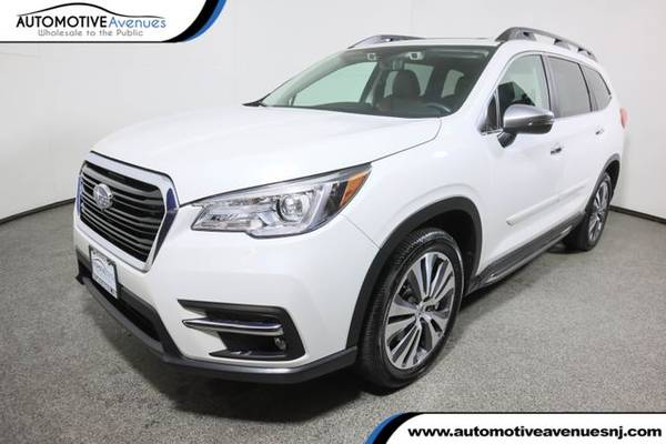 Photo 2019 Subaru Ascent, Crystal White Pearl - $33,995 (Automotive Avenues)