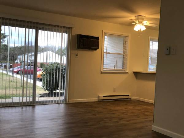 Photo 2 Bed - Oxford Village condo for rent (Egg Harbor Township)