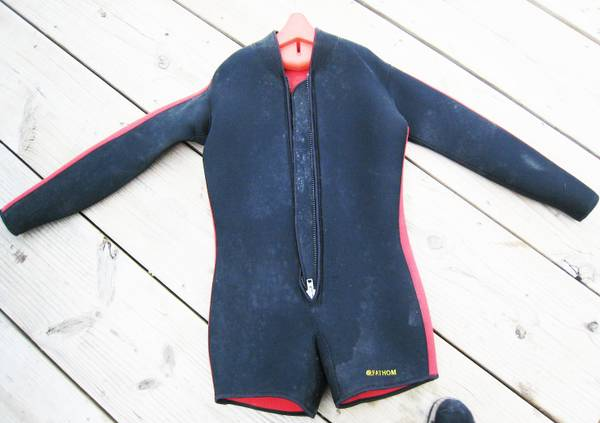 Photo 2 Pc Wet Suit Mens, Farmer John, 5mm - $49 (Manasquan)
