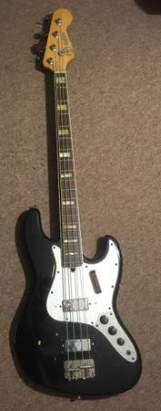 Photo 70s Electra Fender Jazz style Japan bass guitar working - $300 (Point Pleasant)