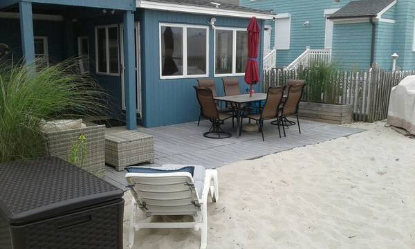 Photo BEAUTIFUL OCEANFRONT BEACH HOUSE (LAVALLETTE)