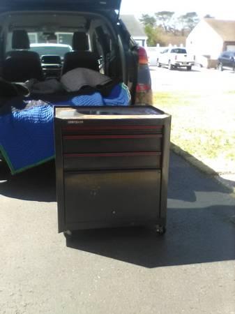 Photo Craftsman Tool Box and Torin Tool Cart - $100 (brick)