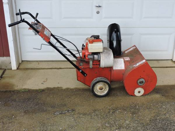 Photo Free Craftsman Snow Blower 22quot (Middletown)