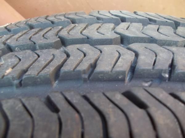 Photo Goodyear Wrangler ST P21575R16 tire - $50 (beachwood)