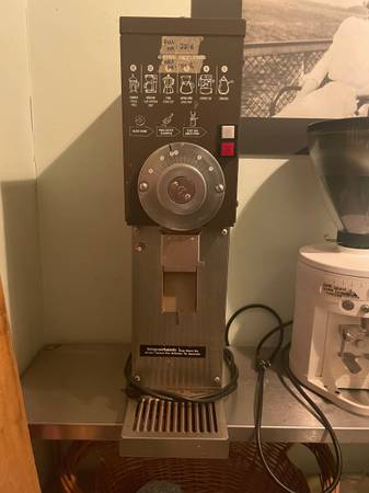 Photo Grindmaster 890 commercial coffee grinder - $600 (Asbury Park)