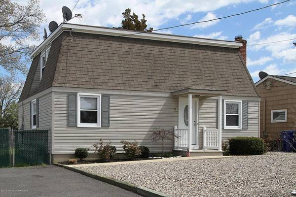 Photo House for rent (Silverton Section of Toms River)