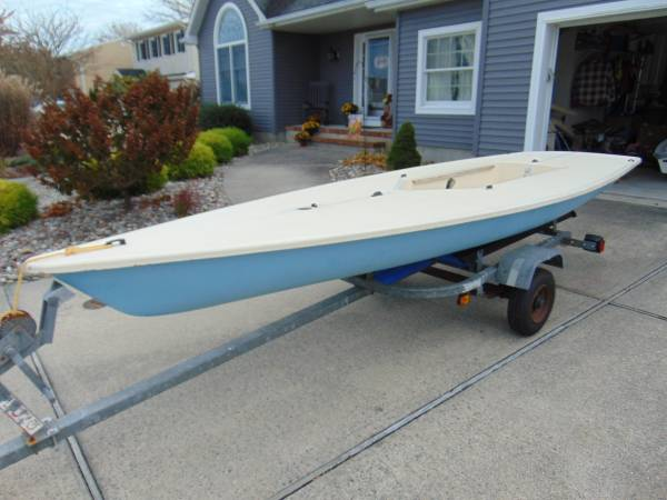 Photo Laser Sailboat (trailer or dolly optional) - $1000 (Lanoka Harbor, NJ)