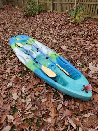 Photo Mainstream Tango Tandem Kayak - $450 (Brick)