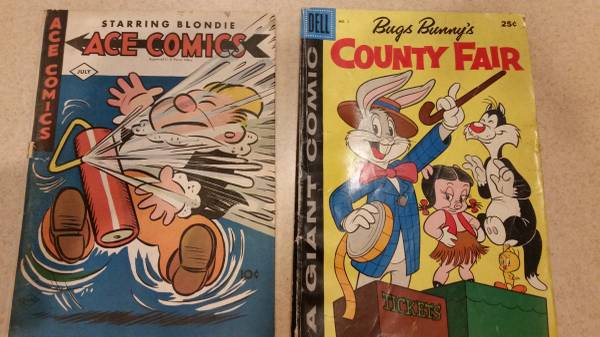 Photo Vintage Comic Books Ace Comics, Bugs Bunny, Last of the Mohican - $7 (Holmdel)