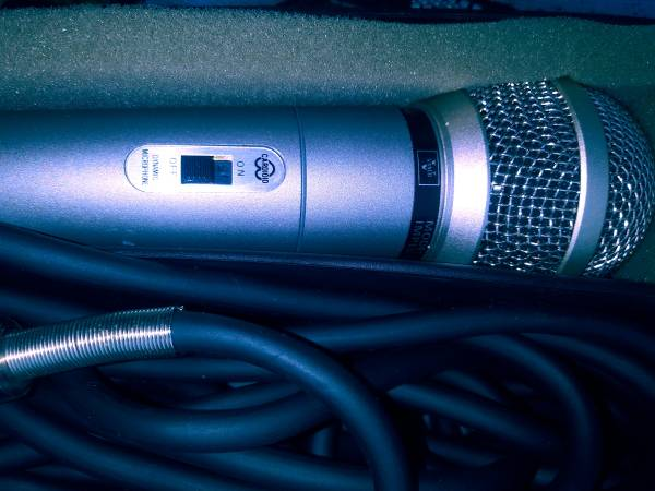 Photo Vintage Vanco Dynamic Microphone Model MD-373 Silver Cardioid Japan - $25 (Toms River)