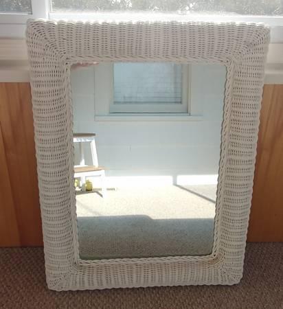 Photo White Wicker Framed Mirror 27quot x 34quot - $15 (Oceanport)