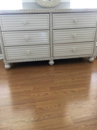 Photo White Wicker and Wood Dressers and Nightstand - $200 (Jackson)