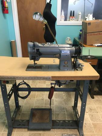 Photo industrial Sewing Machines - $375 (Ventnor NJ)