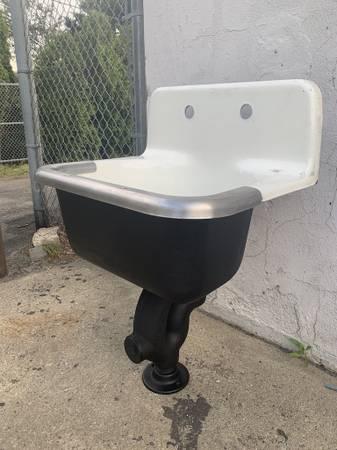 Photo vintage farm  utility sink for kitchen or bathroom cast iron  enamel - $350 (Brick)