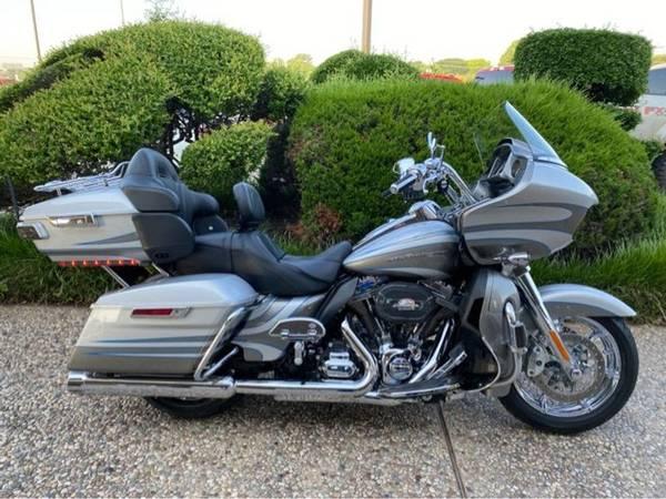 Photo 2016 Harley-Davidson FLTRUSE CVO Road Glide - $27,992 (Harley-Davidson FLTRUSE CVO Road Glide)