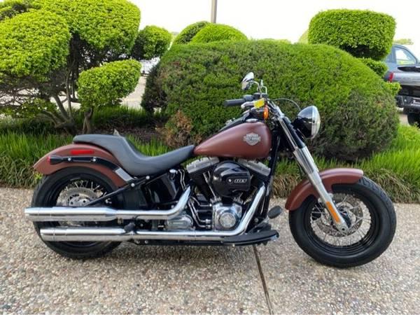 Photo 2017 Harley-Davidson Softail Slim FLS103 - $13,572 (Harley-Davidson Softail Slim)