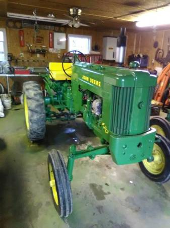 Photo 420 john deere - $3900 (paragould)