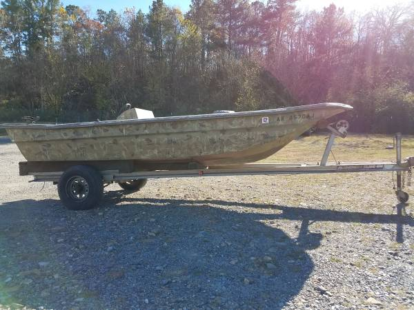 Photo Center Console Boat - $200 (Hot Springs)