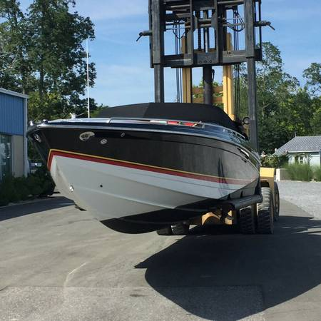 Photo Formula 292 Fastech Great Performing Boat - $35,600