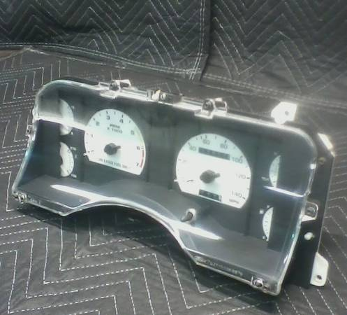 Photo Fox Mustang performance parts - $25 (mountain home)