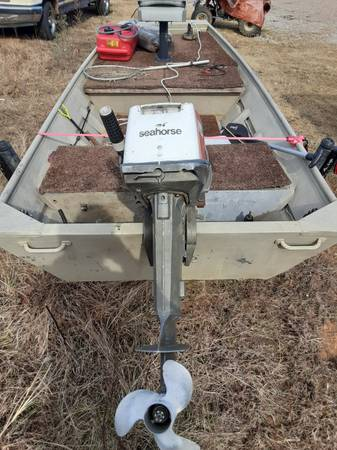 Photo Jon boat 15hp motor - $1,500 (Oxford)