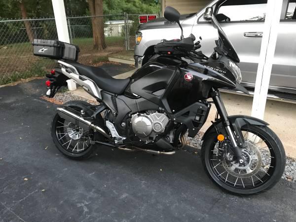 Photo Like New Honda VFR1200X Cross Tourer - $9,985 (Bryant, AR)