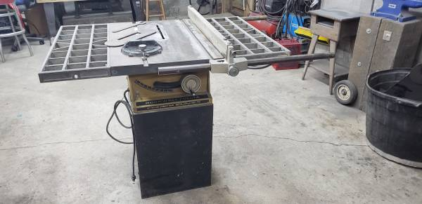 Photo Rockwell-Delta 10quot Table Saw 34-340 - $400 (Little Rock)