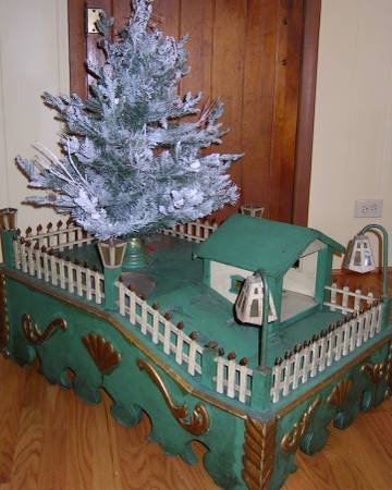 Photo Vintage Christmas Tree Stand with Christmas Tree Fence - $385 (Thayer)