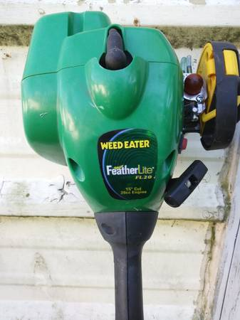 Photo Weed Eater Gas Trimmer - $40 (Cape Girardeau)