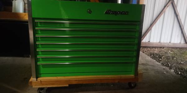 Photo large snap-on tool chest - $3150