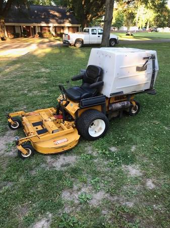Photo walker zero turn mower with grass catcher - $3750
