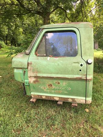 Photo 1972 ford pickup truck cab - $200 (Neosho, mo)