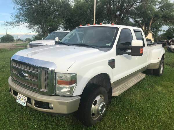 Photo 2008 Ford F350 Diesel 4x4 King ranch - $18,000