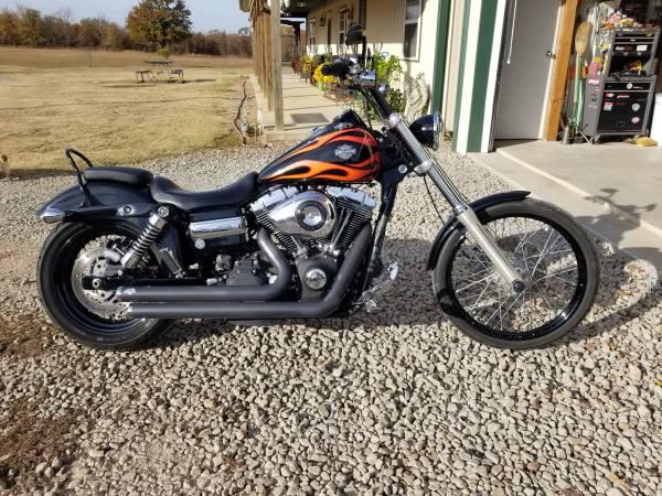 Photo 2011 Harley Davidson Wideglide FXDWG - $8,500 (Okmulgee)