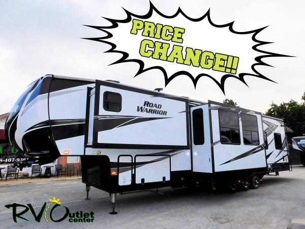 Photo 2020 ROAD WARRIOR 413RW  PRICE CHANGE  5TH WHEEL - TOY HAULER - $65999 (Tulsa)