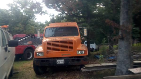 Photo 4 Door International Diesel Covered Utility crane  Arrow Tool Boxes (Joplin Mo)