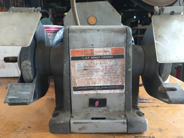 Photo Craftsman bench grinder - $50 (Joplin)